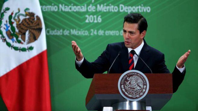 El presidente de México, Enrique Peña Nieto, durante una intervención ante la prensa.