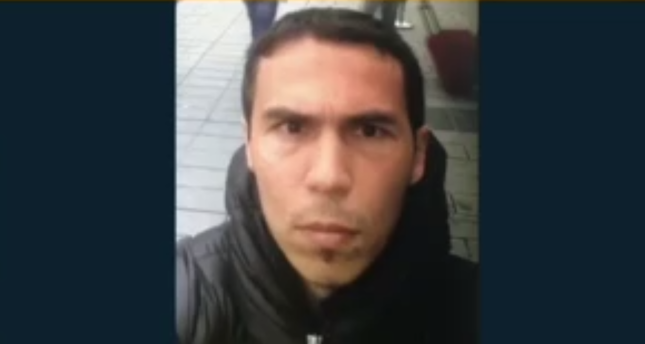 Imagen del presunto autor del ataque en Estambul, difundida por el diario turco Daily Sabah.