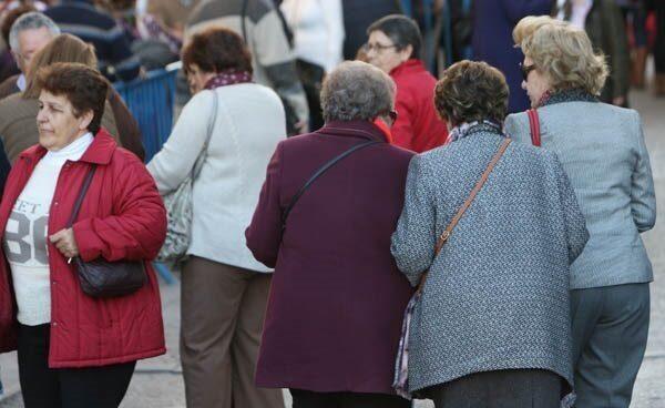 Los jubilados perderán 350 euros al mes por la reforma de las pensiones.