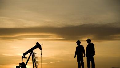 Las petroleras sufren un zarpazo millonario en bolsa por el desplome del precio del crudo