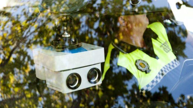 Control radar móvil de la Policía Local.