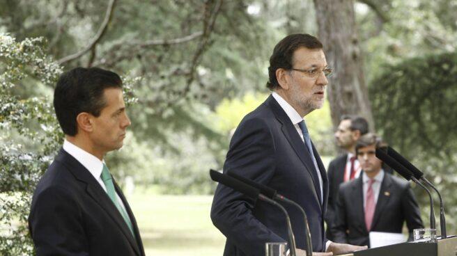 El presidente del Gobierno, Mariano Rajoy, junto a su homólogo en México, Enrique Peña Nieto.