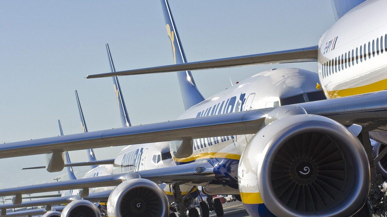 Aviones de la aerolínea irlandesa Ryanair.