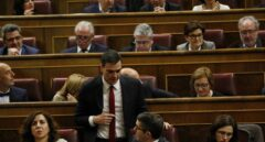Pedro Sánchez y Patxi López, en el Congreso de los Diputados.
