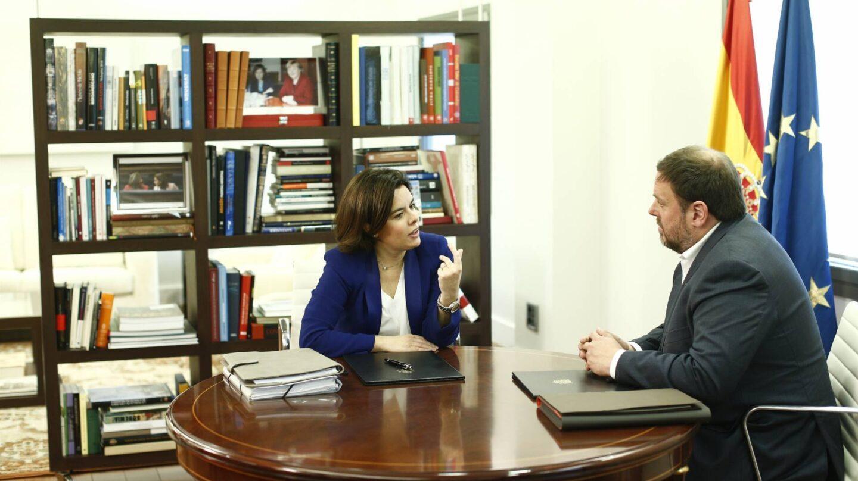 Soraya Sáenz de Santamaría y Oriol Junqueras, en la Moncloa.