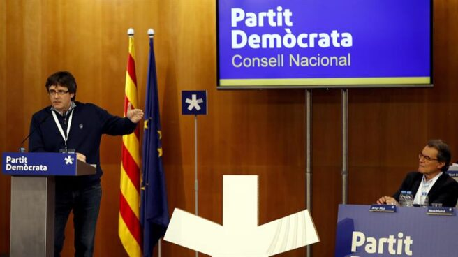 Carles Puigdemont y Artur Mas.