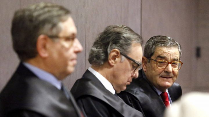 Condenados el ex presidente de Kutxabank y el ex delegado del Gobierno en el País Vasco