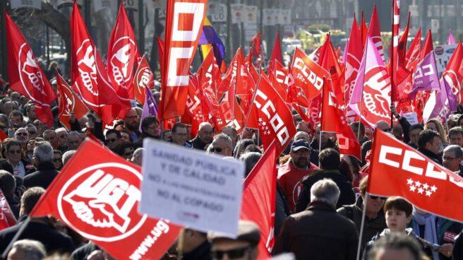 Manifestación convocada por CCOO y UGT en Madrid para presionar al Gobierno y patronal por la pérdida de poder adquisitivo de trabajadores.