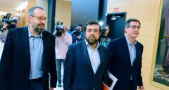 Juan Carlos Girauta, Miguel Gutiérrez e Ignacio Prendes, de la delegación de Ciudadanos en la comisión de seguimiento.