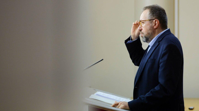 El portavoz de Ciudadanos, Juan Carlos Girauta, tras la reunión con el PP.