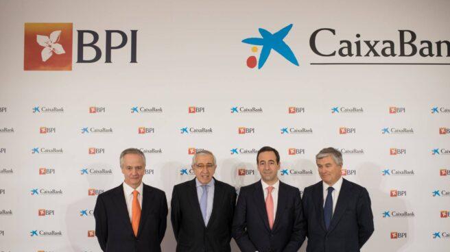 Fernando Ulrich, Artur Santos Silva, Gonzalo Gortázar y Pablo Forero.