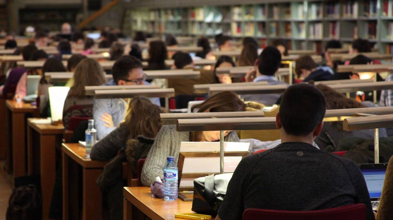 Biblioteca. Examenes.