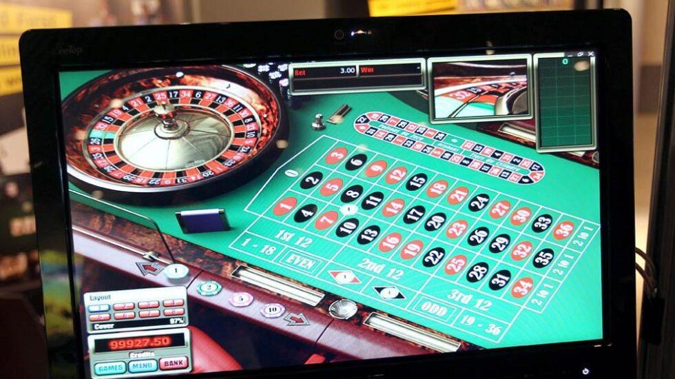 Un usuario jugando a la ruleta online.