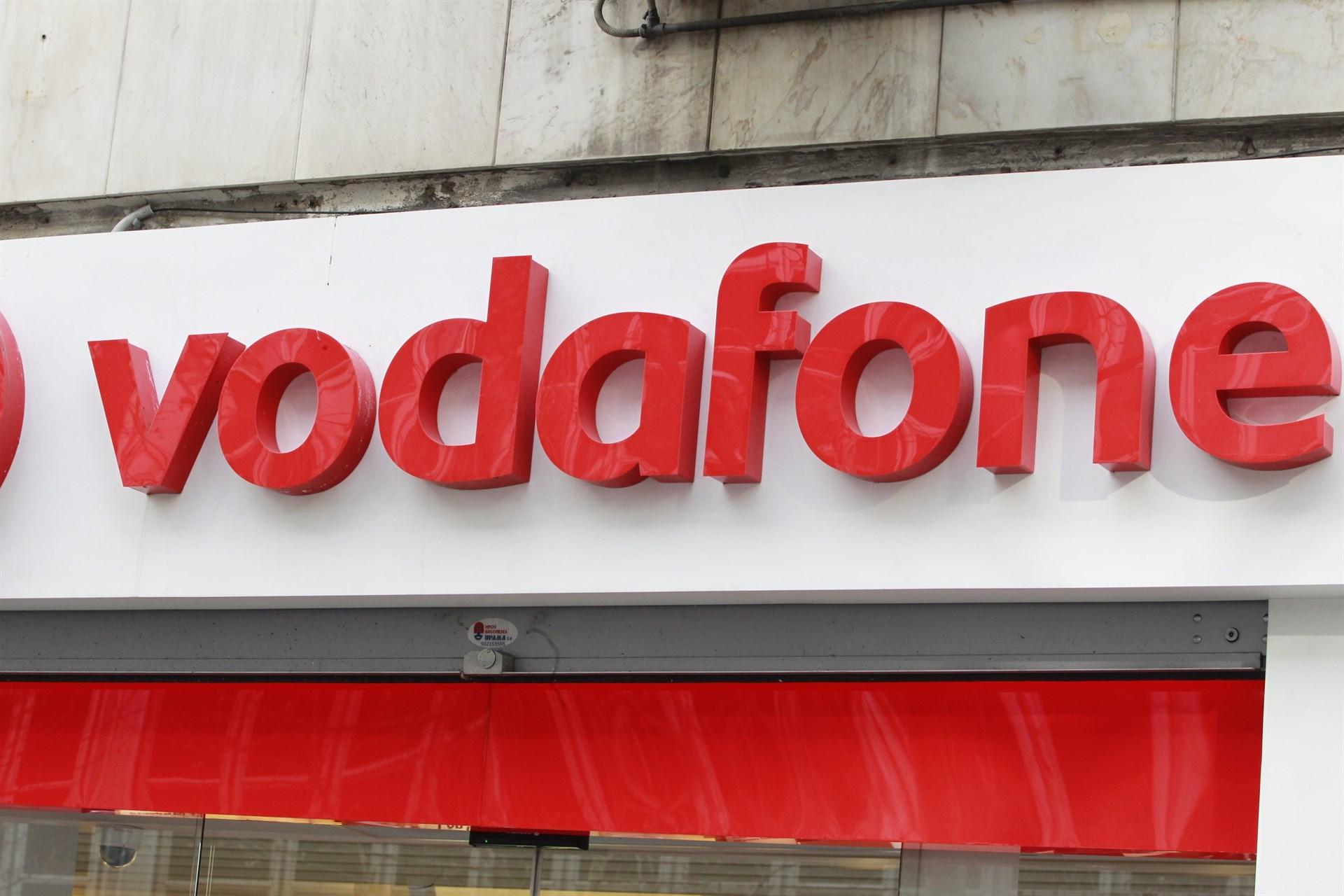 Fachada de una tienda de Vodafone.