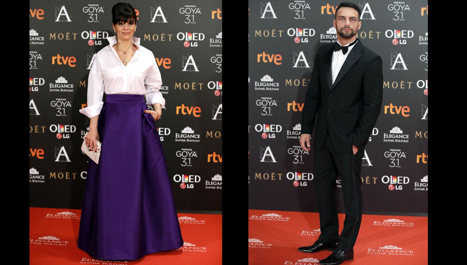 Ana Álvarez vestida de Ulises Mérida, clutch de Bulgari. El actor Jesús Castro posa a su llegada a la gala de la XXXI edición de los Premios Goya.