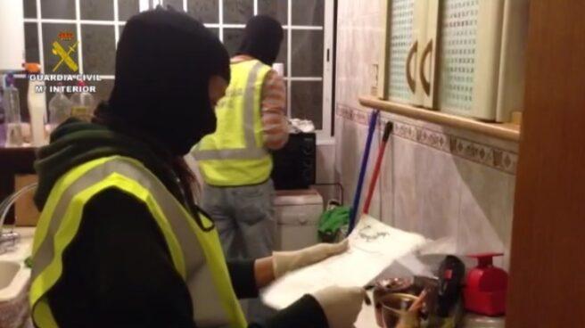 Agentes de la Guardia Civil, durante una operación antiyihadista.