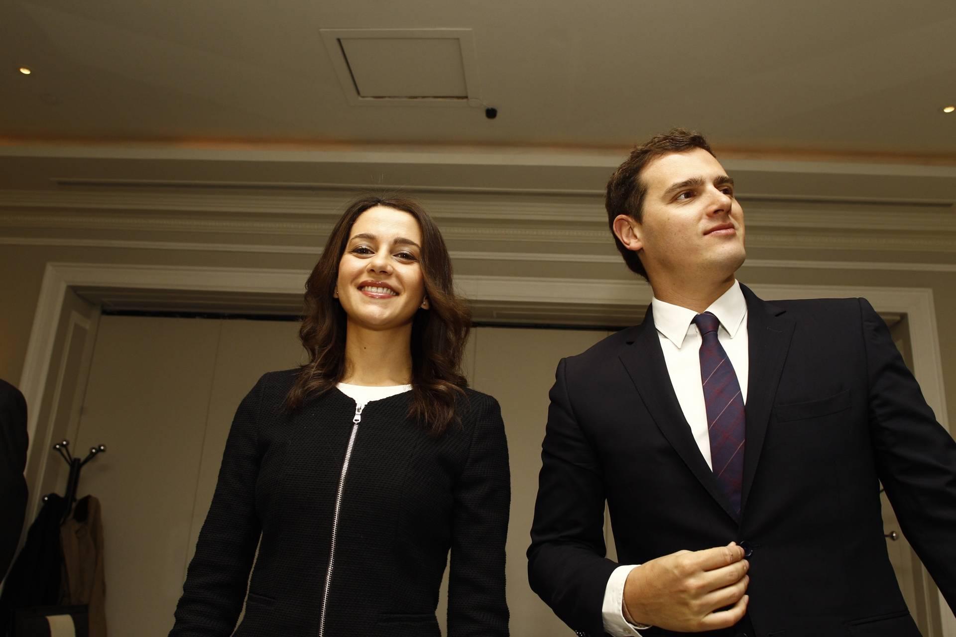 La portavoz nacional de Ciudadanos, Inés Arrimadas, junto al presidente de la formación, Albert Rivera.
