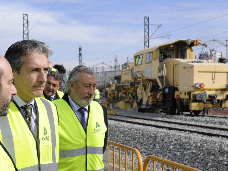 Ineco plantea a Serna cinco rutas del AVE a Santander por un tope de 1.000 millones