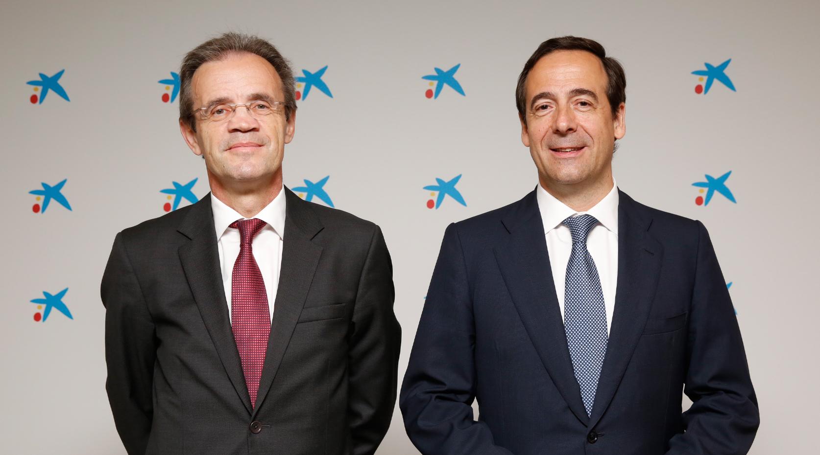 El presidente de CaixaBank, Jordi Gual, y el consejero delegado, Gonzalo Gortázar.