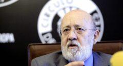 """El Gobierno respalda a Tezanos al frente del CIS: """"Desarrolla una buena labor"""""""