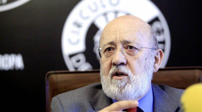 Un juzgado de Madrid admite a trámite la querella de Vox contra Tezanos