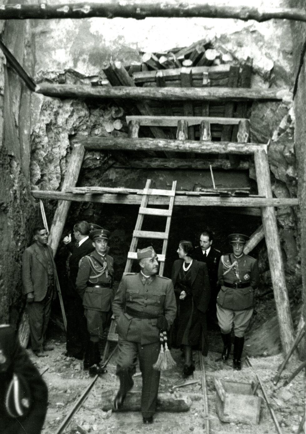 Francisco Franco durante la construcción del Valle de los Caídos.