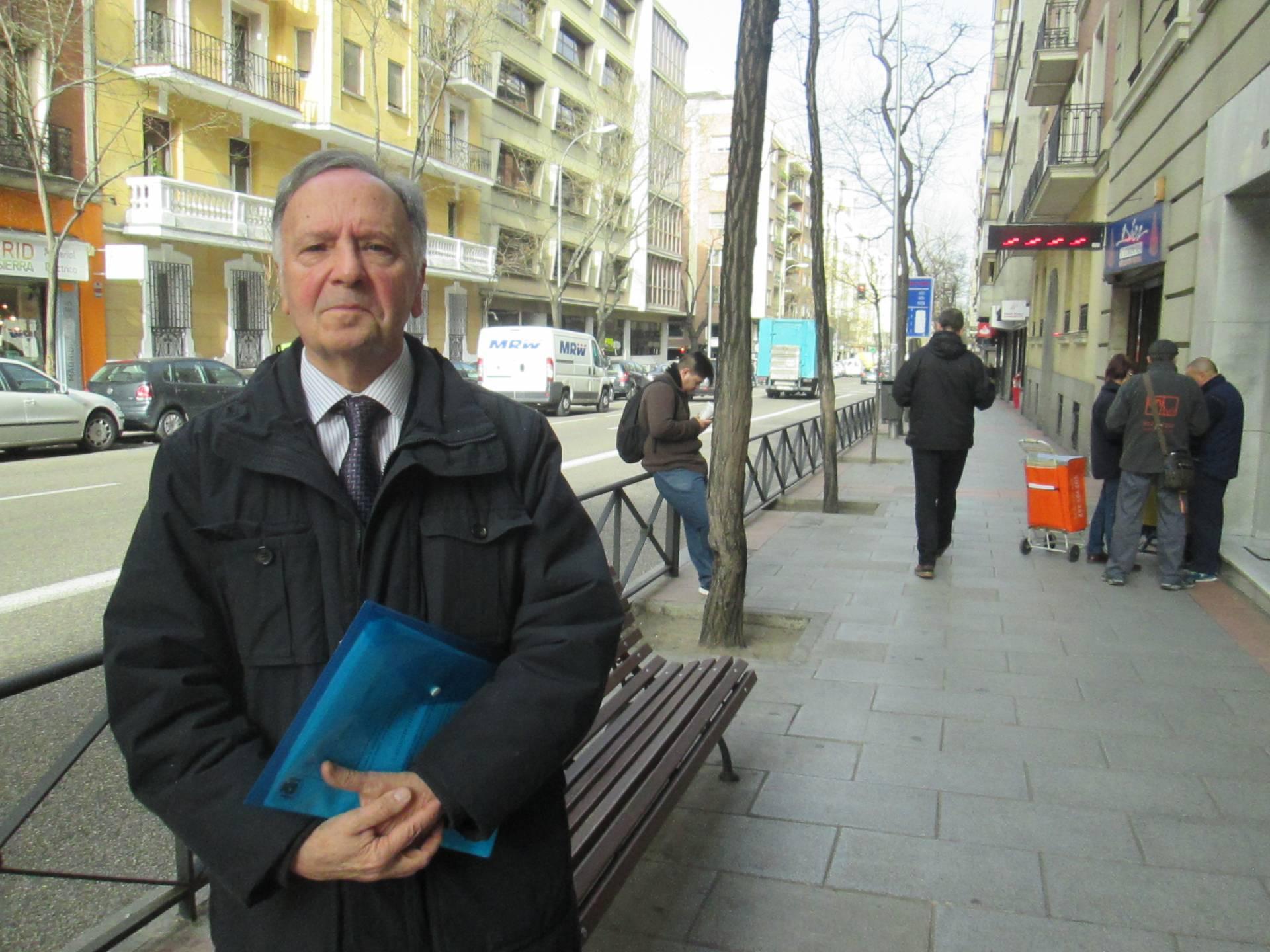 El líder de Manos Limpias evita el banquillo en un caso en el que le pedían 3,6 años de prisión
