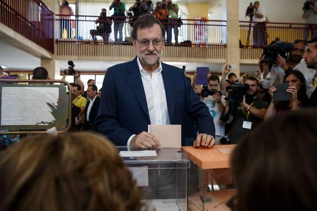 Mariano Rajoy vota en las elecciones del 26-J