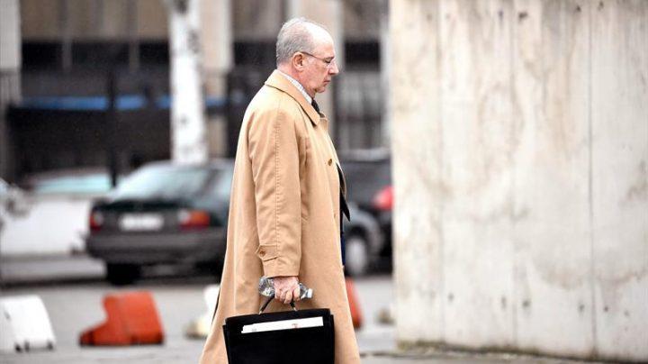 Rodrigo Rato, entrando a la Audiencia Nacional para el juicio de las tarjetas black.