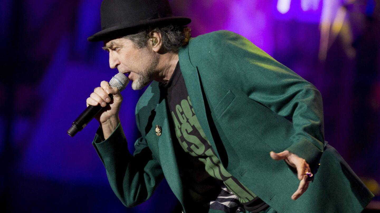 Joaquín Sabina, durante una de sus actuaciones en directo.