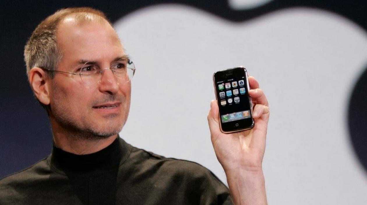 Steve Jobs, durante la presentación del primer iPhone, en 2007.