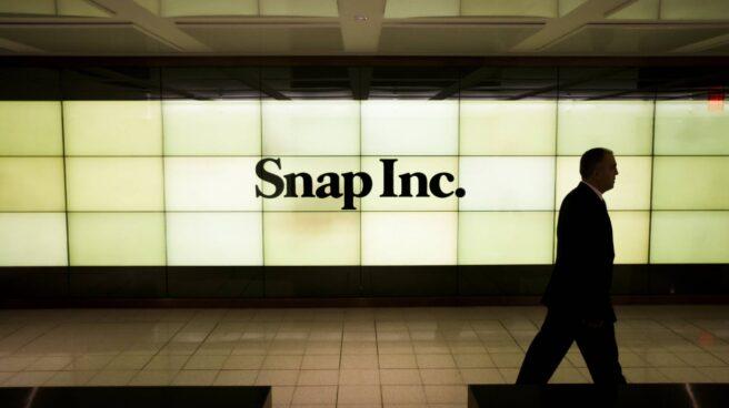 Un cartel luminoso de Snapchat, en la bolsa de Nueva York.