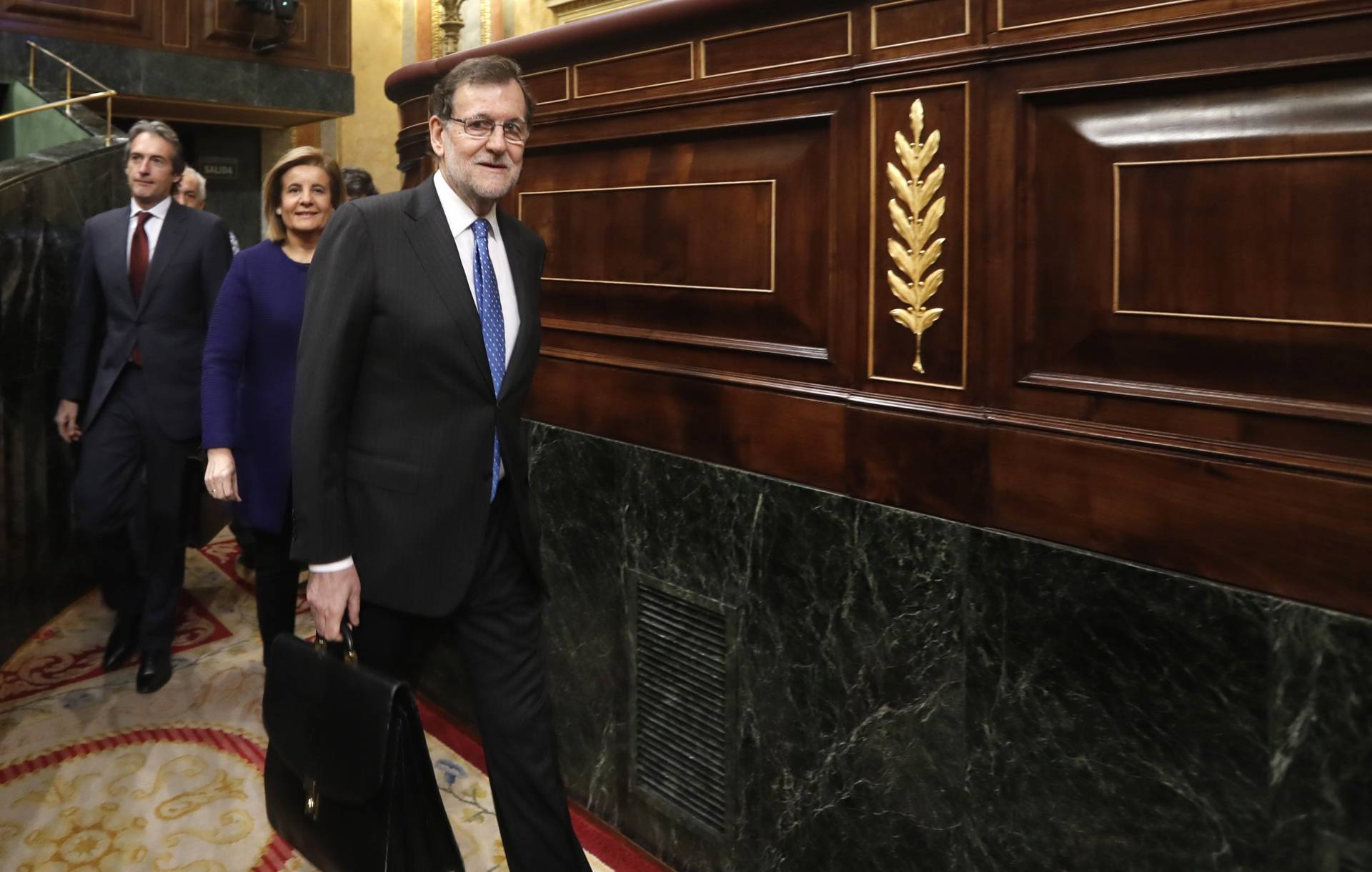 El presidente del Gobierno, Mariano Rajoy, a su llegada a la sesión de control.