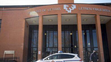 Encapuchados propinan una paliza a un joven en la Universidad por defender la unidad de España