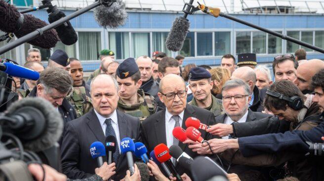 El ministro de Interior francés, Bruno Le Roux