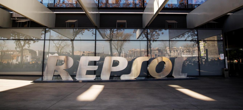 Repsol lanza un plan de choque de 2.150 millones por el virus y el desplome del crudo