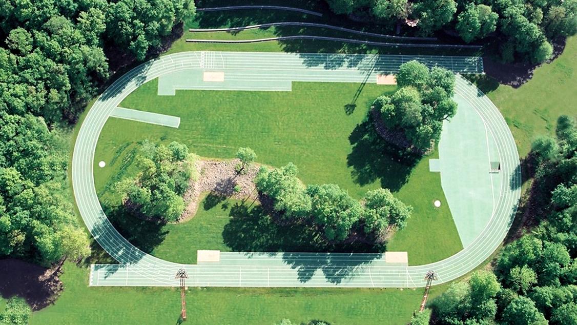 Pista de atletismo Tossols-Basil, 2000 Olot, Girona, España.
