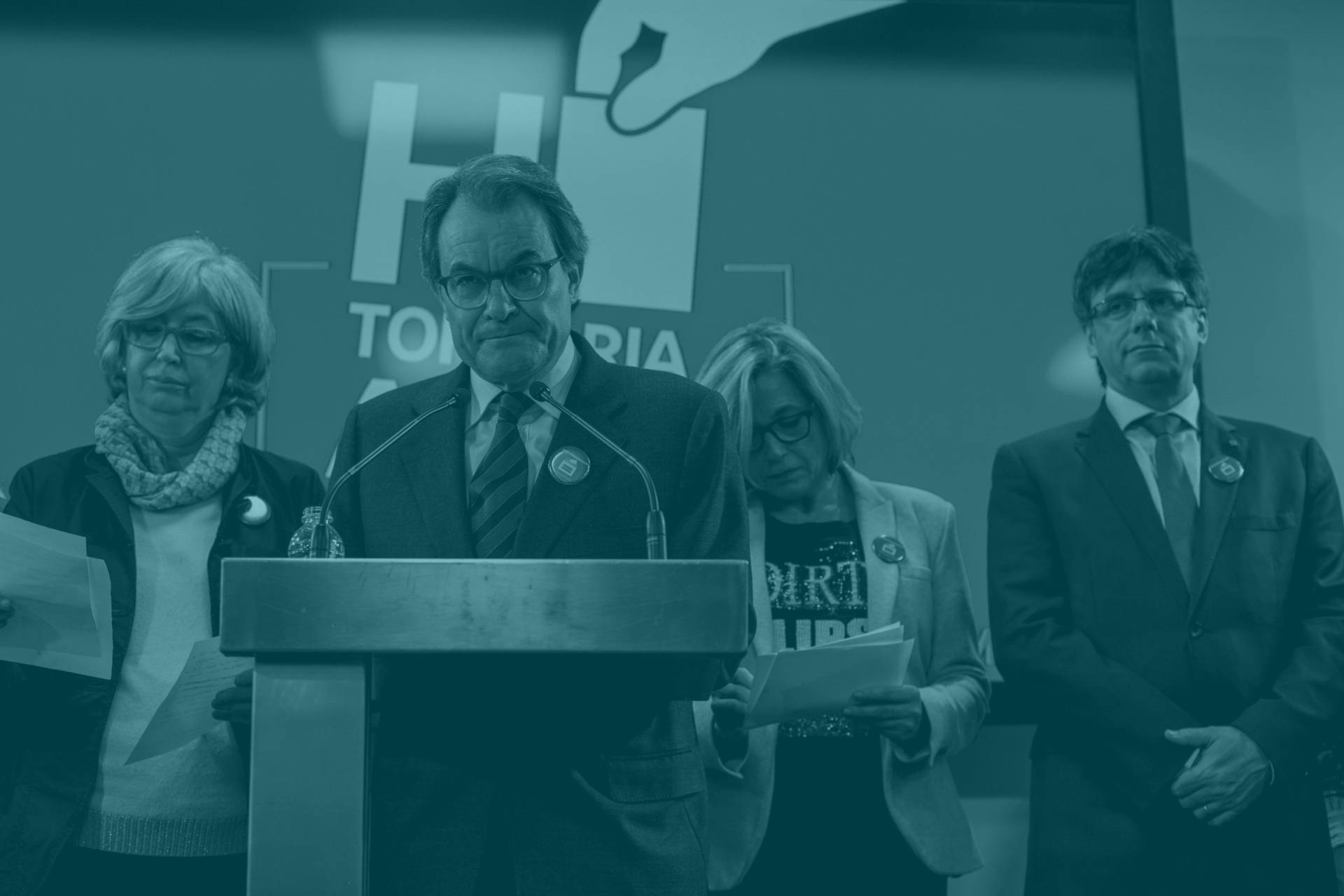 Artur Mas, junto a Joana Ortega, Irene Rigau y Carles Puigdemont.