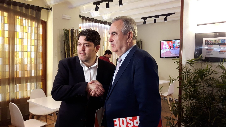 El portavoz de Ciudadanos en Murcia, Miguel Sánchez, junto a su homólogo del PSOE, Rafael González Tovar.