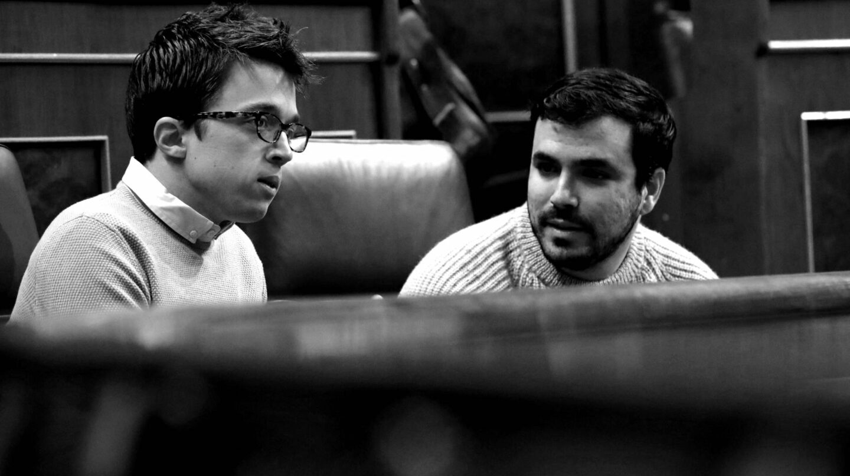 Íñigo Errejon y Alberto Garzón en el escaño.