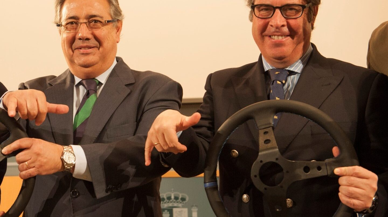 Gregorio Serrano, junto al ministro Juan Ignacio Zoido en la presentación de una campaña de la DGT.
