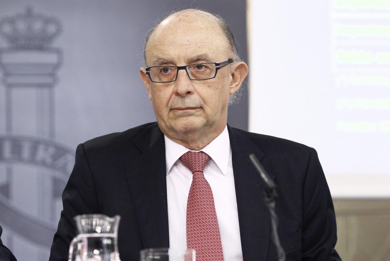 El ministro de Hacienda, Cristóbal Montoro, tras el Consejo de Ministros.