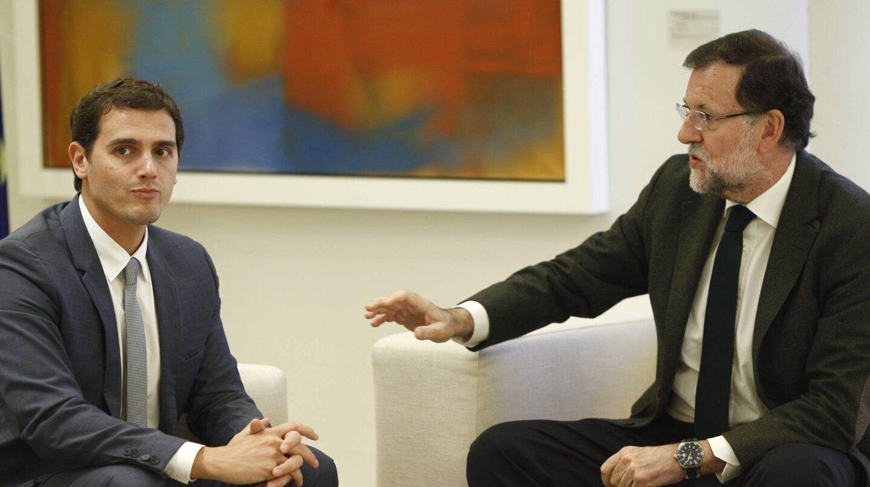 El presidente de Ciudadanos, Albert Rivera, junto a Mariano Rajoy.