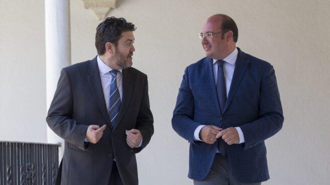 Miguel Sánchez (C's) y Pedro Antonio Sánchez (PP).