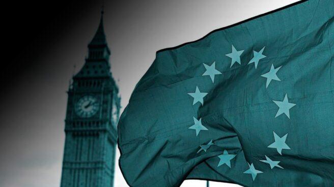 Una bandera de la UE ante el Big Ben en Londres. .