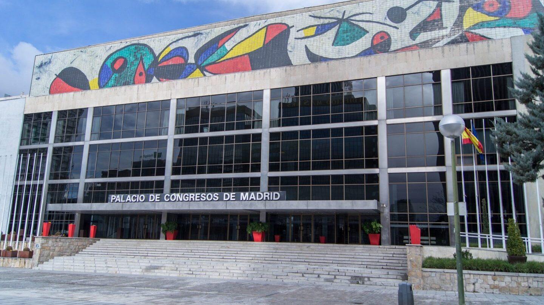 El Palacio de Congresos del Paseo de la Castellana está abandonado desde 2012.