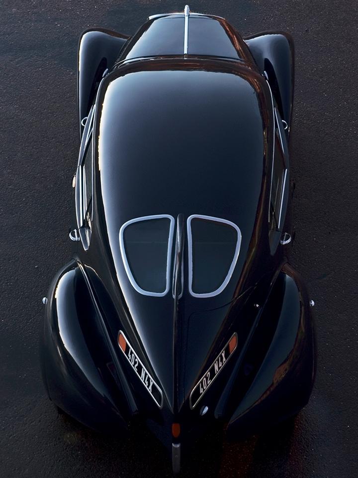 Vista superior trasera del Peugeot 402