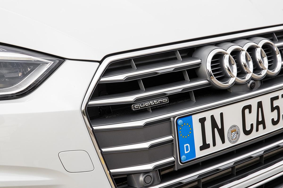 Sobre la parrilla, el anagrama Quattro constituye toda una declaración de intenciones. El modelo diésel V6 3.0 TDI 218 CV solo está disponible con la tracción integral permanente Quattro.
