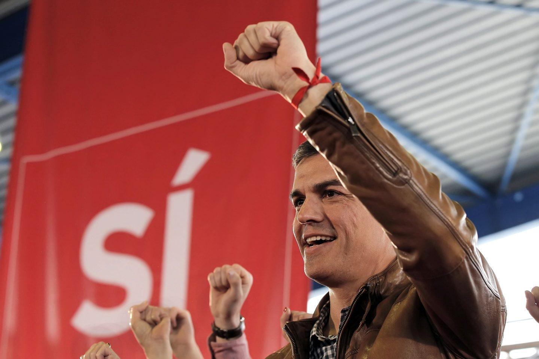 Pedro Sánchez, este domingo en Gijón.