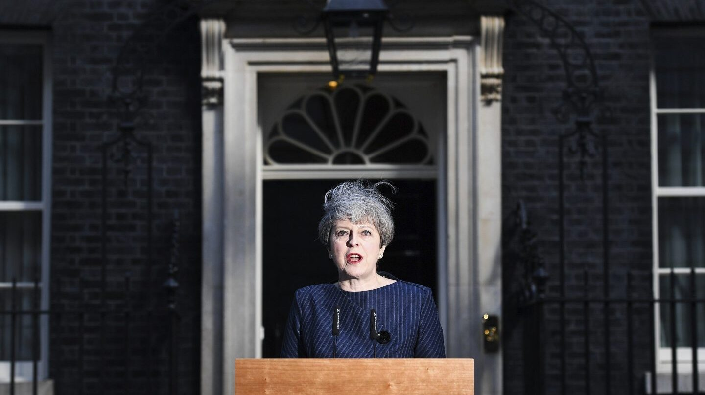 Theresa May, durante su comparecencia de este martes.